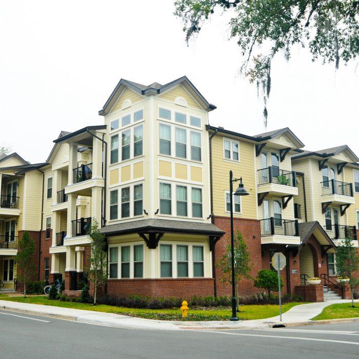 Laurel Vue Student Housing multi story complex