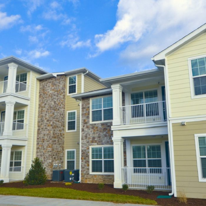 Ridgemont Park Apartments multi story family complex