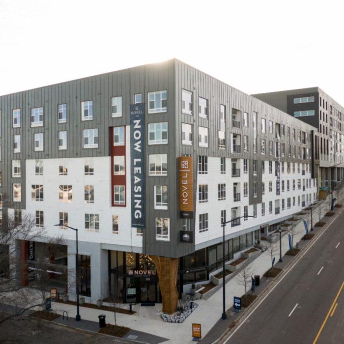 Novel O4W Apartment Building