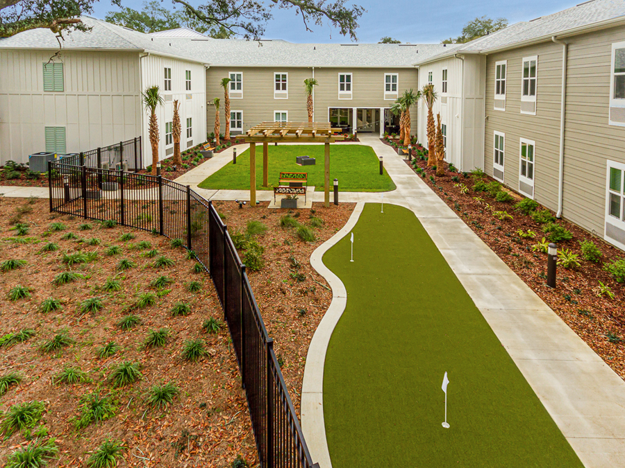 Rear courtyard view of The Canopy on Berryhill assisted living apartments